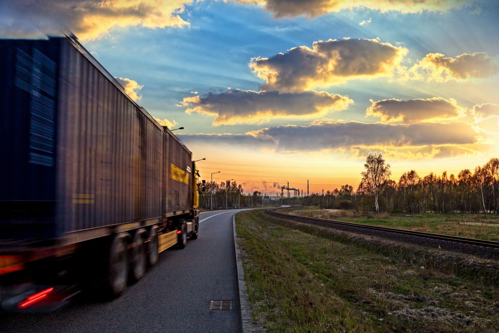 Sulla Rivista Logistica e Trasporti uno storytelling della storia di Viasat Group